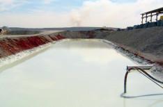 Reservatório de decantação da água, que será reutilizada